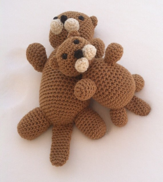Yoda Amigurumi Pattern Free : Mommy Sea Otter with Pup Crochet Amigurumi Pattern * Bonus ...