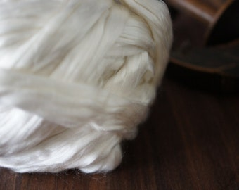 Cultivated Silk Top . Mulberry Silk . Spinning Dyeing Supply . 2 oz . Pure White
