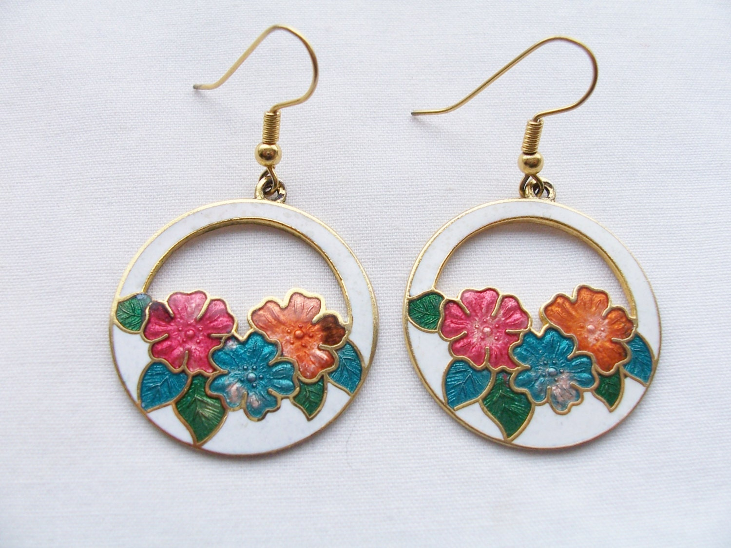 vintage cloisonne metal earrings metal flower white earrings