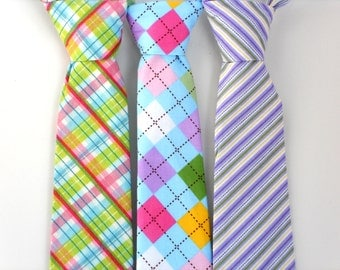 Easter tie for boys, toddler tie, boys purple tie, kids tie, boys easter outfit, little boy ties, baby boy neck tie, baby tie, boys neck tie