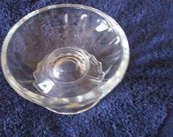 Vintage Pressed Glass Ice Cream Desert Stem Dish CL21-24