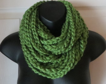 Chunky Infinity Scarf..Cowl..Crochet..Neck Warmer..Chain..Necklace..Accessory....Gift
