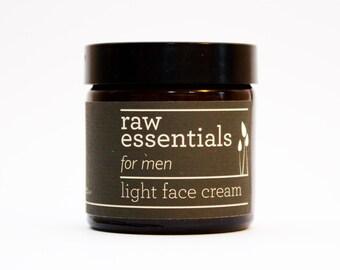 Men's light face cream for sensitive skin