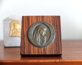 2 Antique religious trinkets with Virgin Mary, 1950s