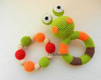 Baby rattle Baby toy SET of 2 Grasping and Teething Toys Frog Stuffed toys Gift for baby Girls Boys
