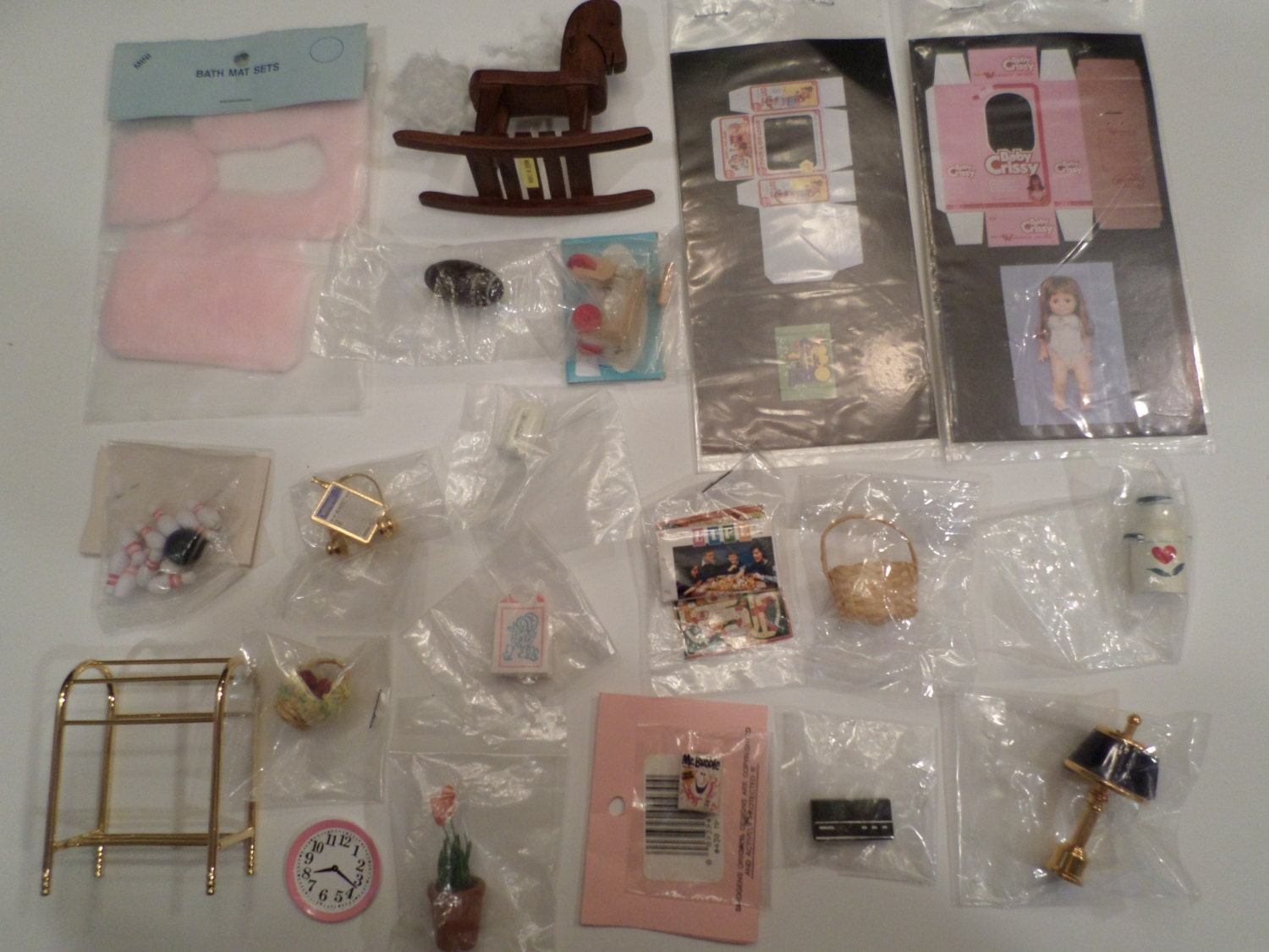 Miniature Doll House Accessories