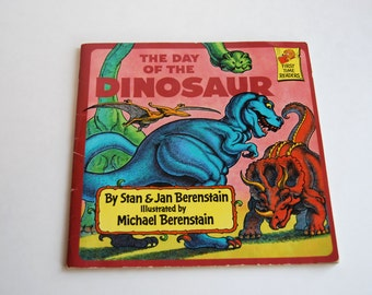 Vintage Children's Book, The Day of the Dinosaur