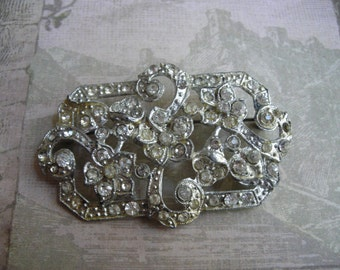 Vintage Art Deco Pot Metal Paste Rhinestone Floral Pin Brooch