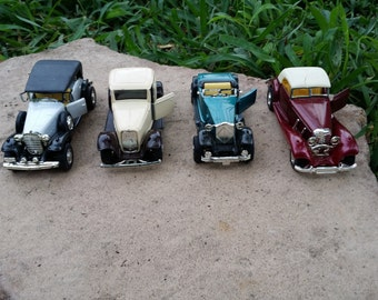 """4 Car Lot Vintage Inspired Die Cast Cars by Yatming Cadillac Roadster Ford Cabriolet """"As Is""""  4"""" Long Each"""