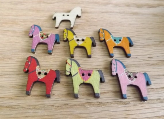 10 horse buttons wooden horse buttons 2 hole wood buttons
