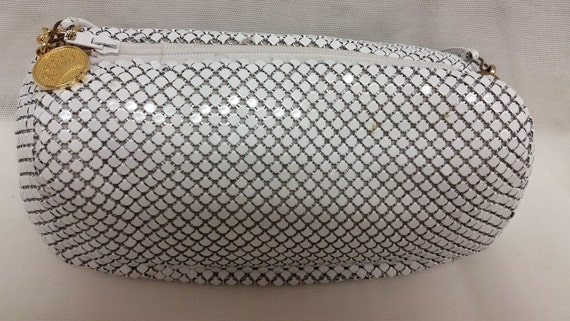 vintage la regale white metal mesh cross body bag. Black Bedroom Furniture Sets. Home Design Ideas