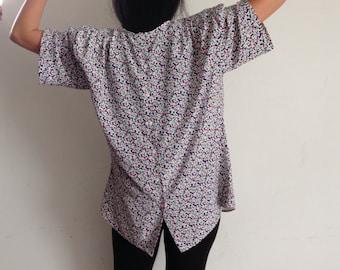90s vtg funky print blouse