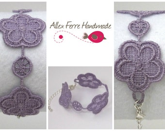 SALE** Free standing lace pansy chain bracelet, any colour