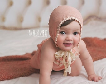 Newborn Props Romper Sitter Set Baby Girl Photography Props Baby Bonnet Vintage Props Baby Clothes 6-12 months Infant Props Coral PinkRomper