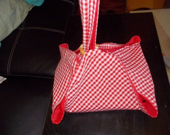 Pie and Cake carrier.  Red and white small checkered with red lining