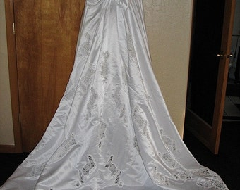 Mori Lee Wedding Dress, New with tags, never been worn