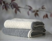 Baby alpaca blanket / baby alpaca wool / gray / white throw / wool blanket / baby shower gift / baby wrap / photo prop / 90x90 cm