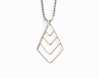 Chevron Necklace, Silver Chevron Necklace, Geometric Jewelry, Sterling Silver Minimalist Necklace, Modern Chains, 925 Triangle Necklace