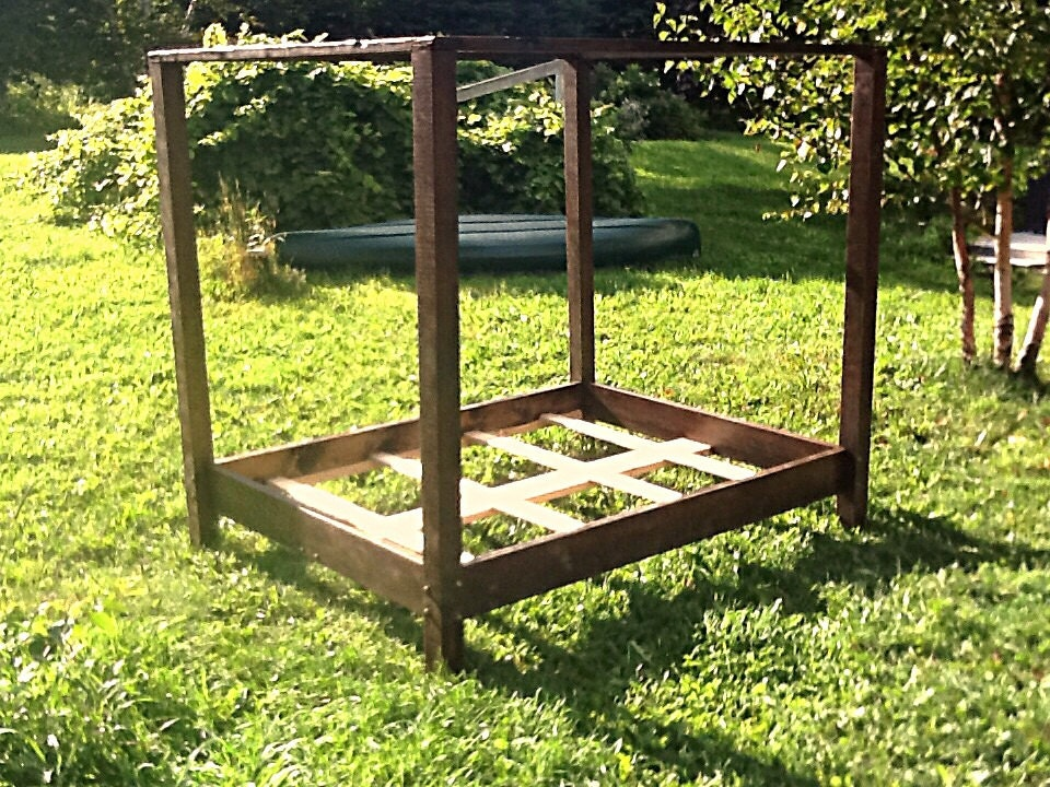 how to make a bed out of wood