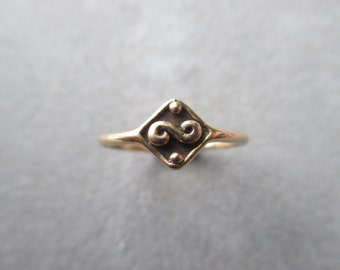 Sterling Silver Swirl Infinity Ring
