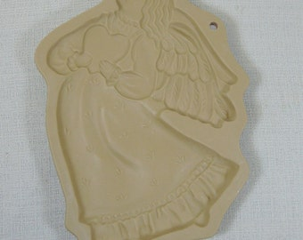 Brown Bag Cookie Art Mold Angel with Heart 1987 Collectible Stoneware Free Shipping