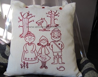 Pillow in linen, embroidered by hand.