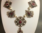 Necklace ,Parure,  Vintage style, Rococò, Marie Antoinette, Venetian Carnival,red and green