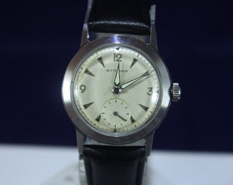 Vintage 1940 1950 mens Longines Wittnauer Mechanical 17J Wraist Watch