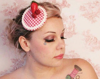 Headdress * berries red plaid *.