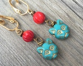 Turquoise Blue and Red Egyptian Cat Dangle Clip On Earrings / Bridal Clipon / Drop Clip Earring / Pierced Nonpierced