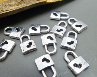 Wholesale - 50 pc Lock Heart Charms in Antique Tibetan Silver - Wedding Charms -MC0283