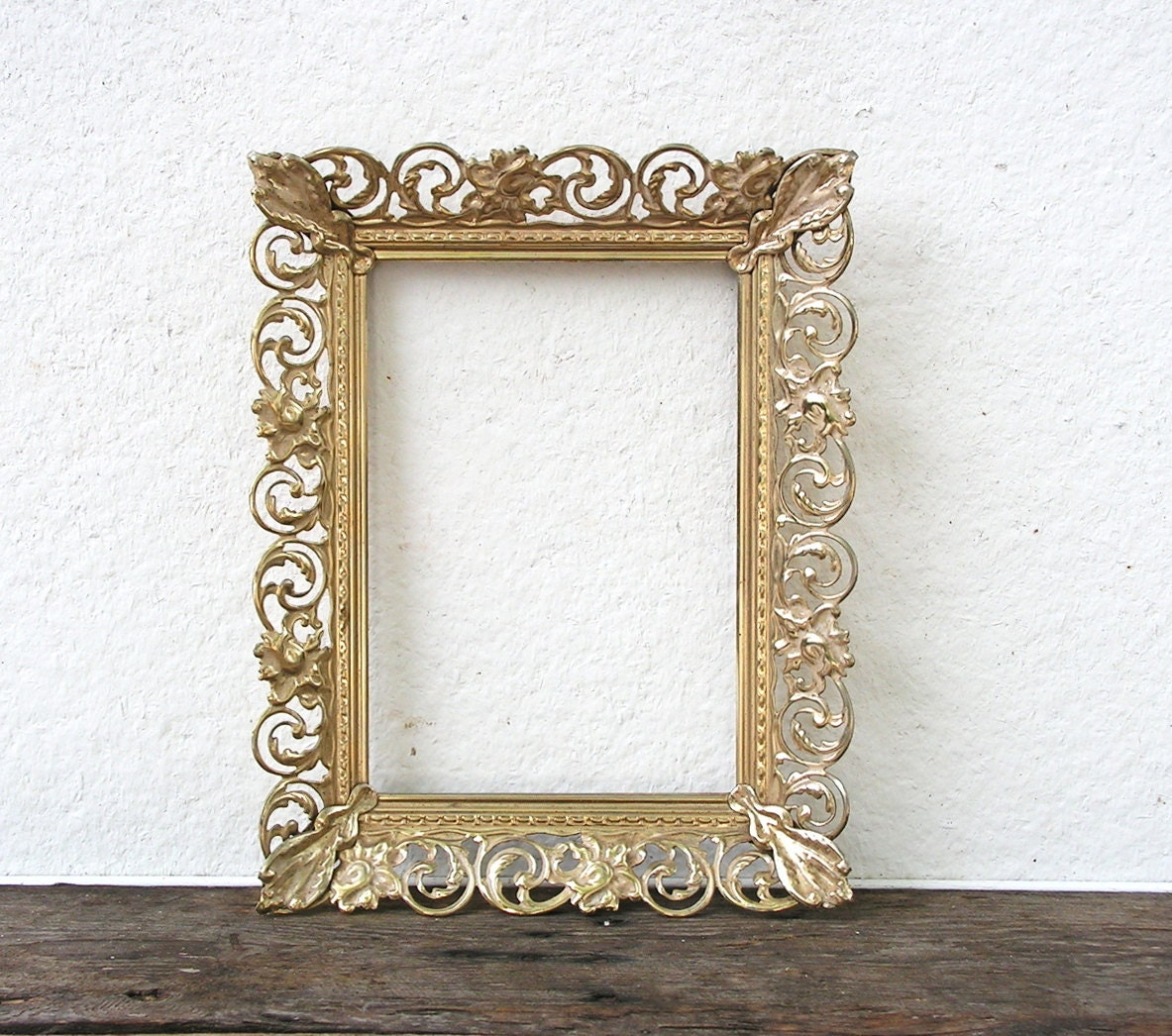Beautiful Gold 8x10 Ornate Vintage Metal Frame Lacey Fancy