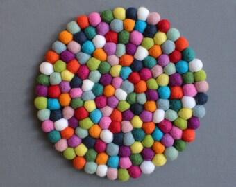 Rainbow Felt Ball Placemat (30cm) // Centrepiece