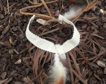 Handmade feather snd quartz armband