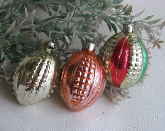 Soviet Christmas tree decorations,Set of 3 Christmas Glass Ornaments - Made in USSR