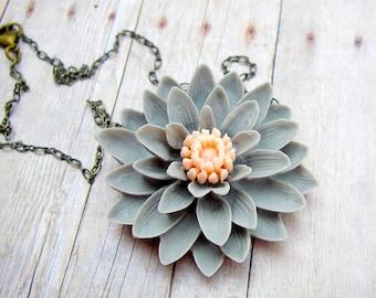 Dahlia Necklace in Gray