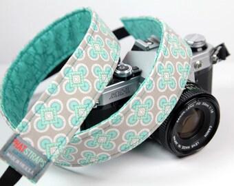 Reversible Camera Strap for Canon, Nikon and most DSLR - Mint Petticoat