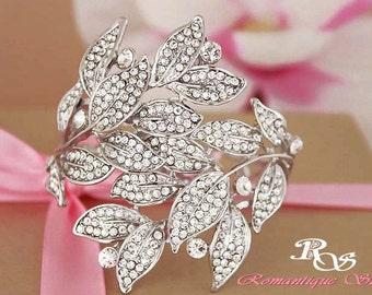 Bridal Cuff Bracelet Crystal Wedding Bracelet Statement Bracelet Rhinestone Bracelet statement cuff bridal jewelry rhinestone cuff B0149
