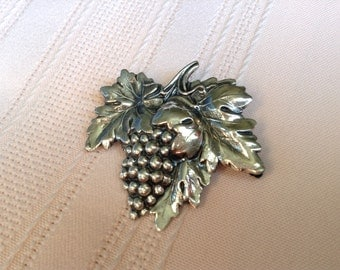 Vintage Sterling Silver Signature Grapes and Leaves Brooch Pin