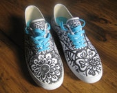 Zen Tangle running shoes,Sz 8 1/2 walking shoe,Hand drawn,Zen Art,black Zen art on shoes,runners,sneakers at Designs by Willowcreek on Etsy