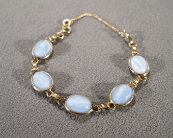 Vintage Art Deco Style Yellow Gold Tone Oval Opaque Light Blue Stone Line Link Bracelet Jewelry   K