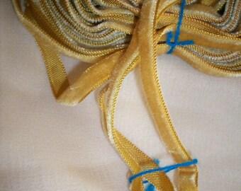 Honey Gold Antique Taffeta Back Velvet Ribbon Trim