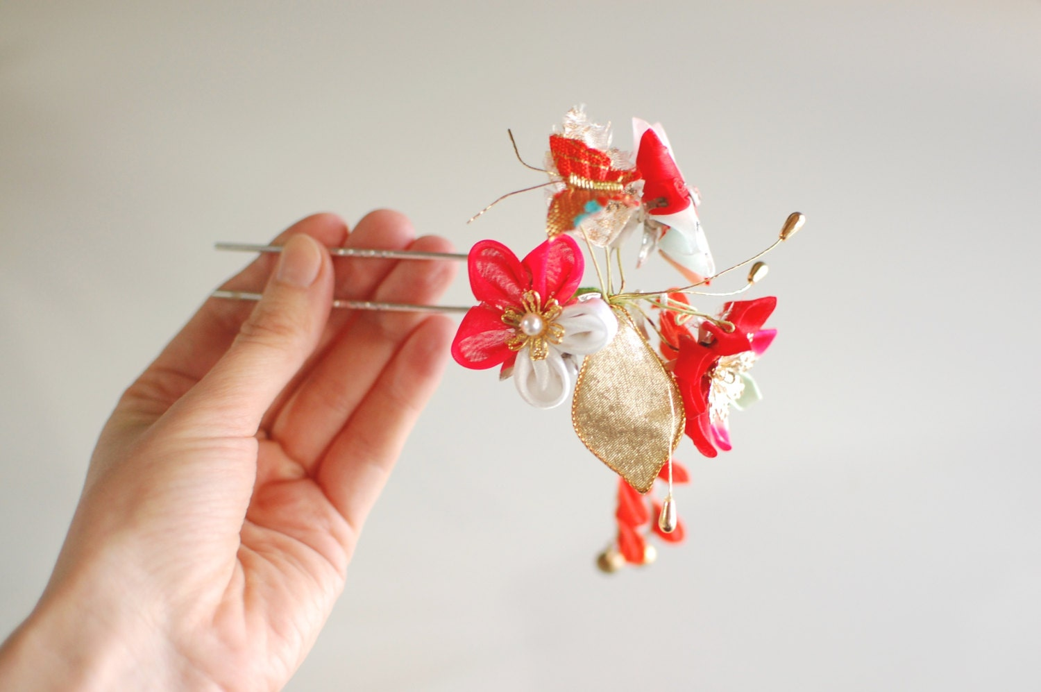 Vintage Kanzashi From Japan Tsumami Style Red Gold White
