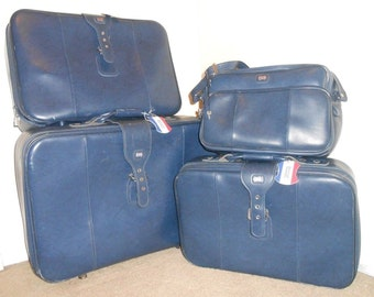 Vintage 70s 4 Four Piece Nesting Blue American Tourister Luggage Set Suitcase Carry On. Free Shipping!