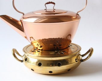 Pot warmer brass vintage / teapot holder metal / stand / Germany / gift / table decoration / 60s 70s / tea time