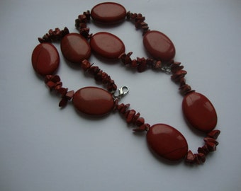 Vintage Red Jasper Big Oval Chip Form Beads Elegant Women Handmade Necklace