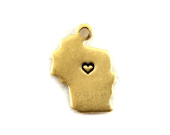 2x Brass Wisconsin State Charms with Hearts - M073/H-WI