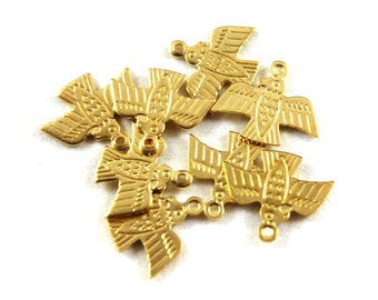 8x Dead Stock Shiny Brass Bird / Eagle Charms  - M084