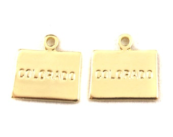 2x Gold Plated Engraved Colorado State Charm - M114-CO