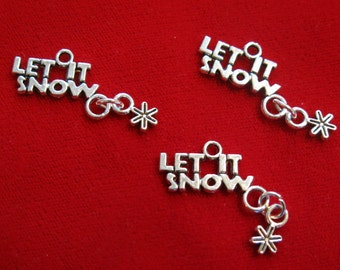 "5pc ""Let it snow"" charms in antique silver style (BC562)"